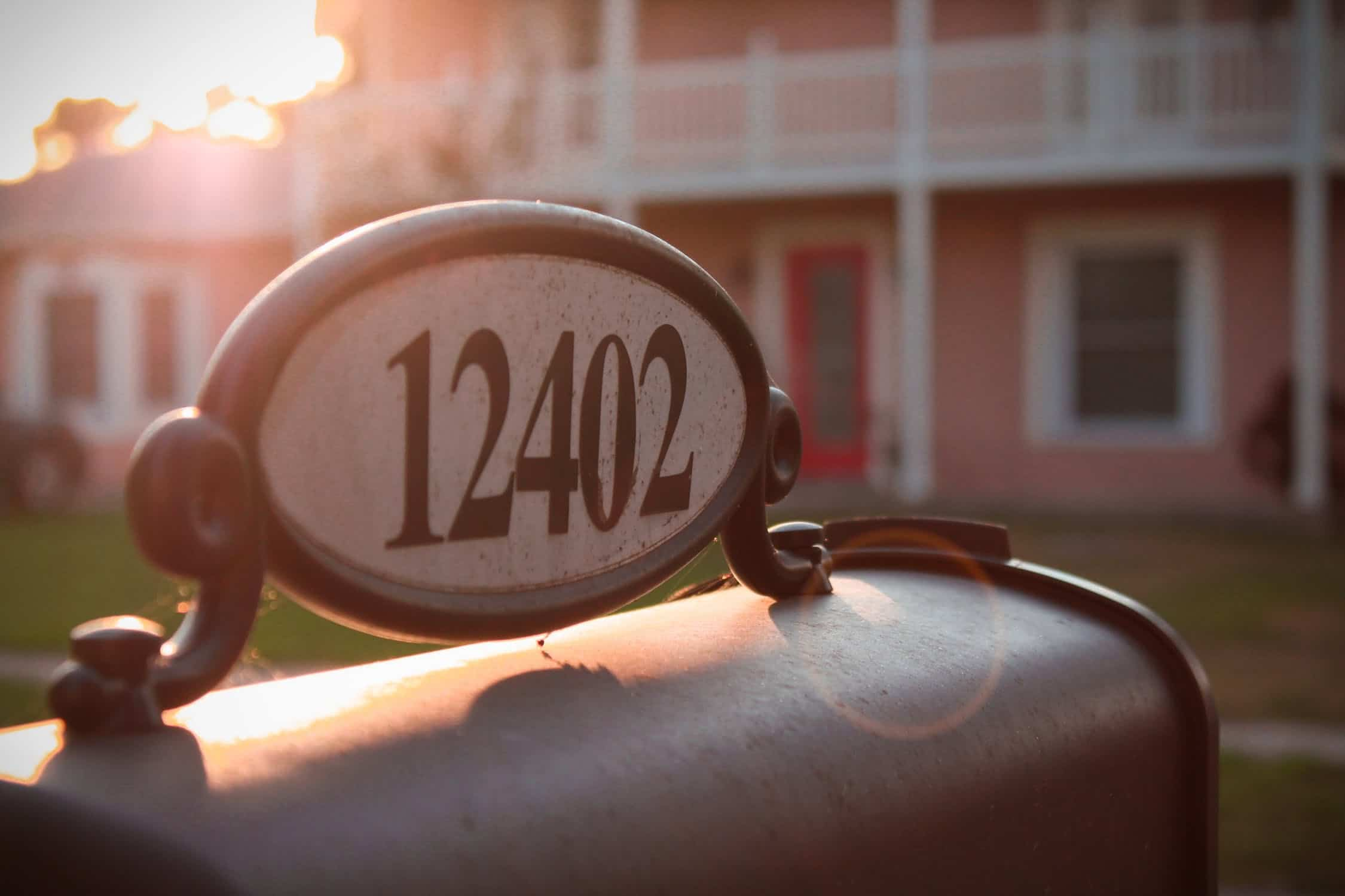 3 Key Tips for Choosing Highly Visible House Numbers