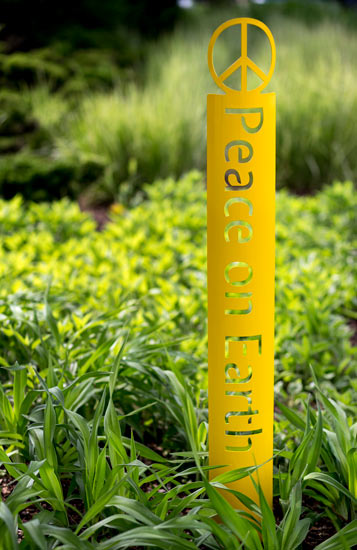Majestic Peace On Earth Garden Stake