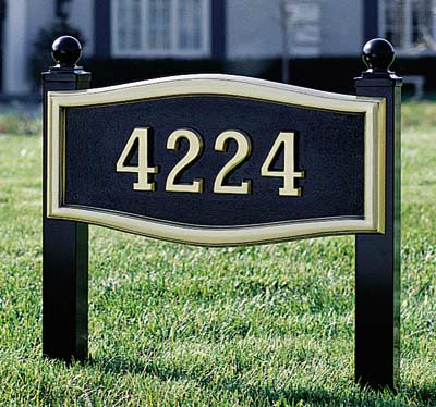 Large Roundtangle Address Plaque with Lawn Plaque Kit
