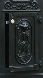 Ecco 8 Tower Mailbox Front Door