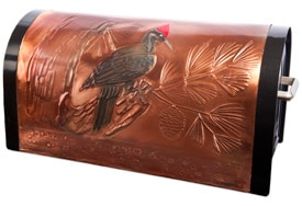 Hentzi Rugged Mailbox Proud Pileated Woodpecker
