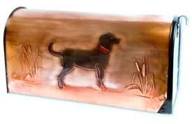 Hentzi Rural Copper Mailbox Black Lab