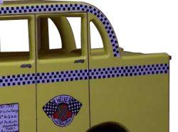 Pinehill Woodcraft Checker Taxi Close Up