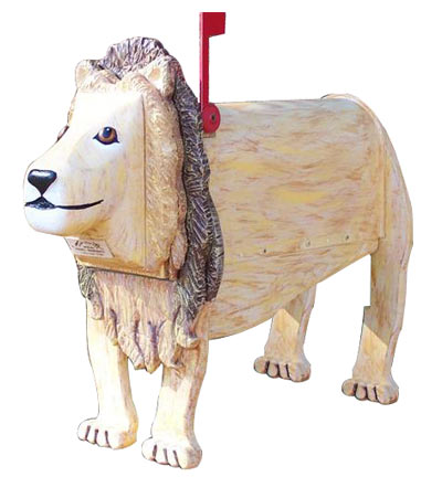 Woodendipity Style Lion Novelty Mailbox