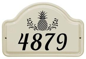 Whitehall Pineapple Arch Plaque Black