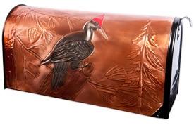 Hentzi Rural Mailbox Proud Pileated Woodpecker