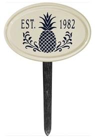 Pineapple Petite Oval Lawn Marker Black