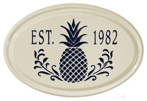Whitehall Pineapple Petite Oval Plaque Black
